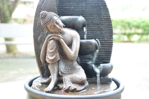 Statue-bouddha-penseur-2