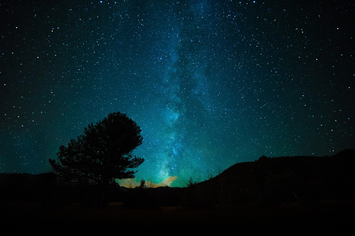 cosmos-etoiles-lumieres-qi-chi-energie