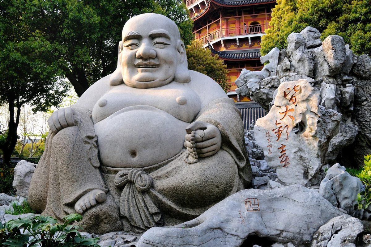 budai-bouddha-rieur-chan-temple-chinois