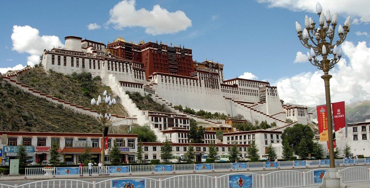lhassa-tibet-monastere-altitude